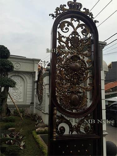 Kuta furtka w stylu orientalnym bp112