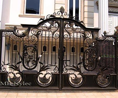 brama na posesję o charakterze orientalnym bp139