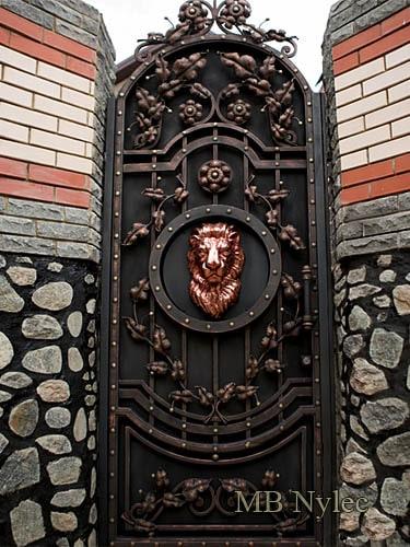 kuta furtka wejściowa z lwem bp151f