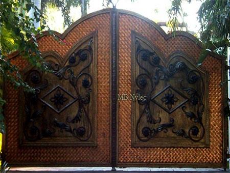 miedziana brama w stylu loft