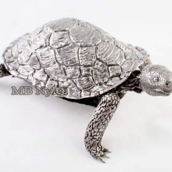 rzeźby z metalu - żółw ze stali - metaloplastyka Dębica