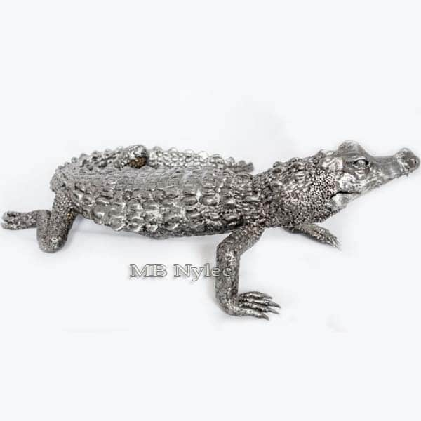 rzeźby z metalu - aligator ze stali - metaloplastyka