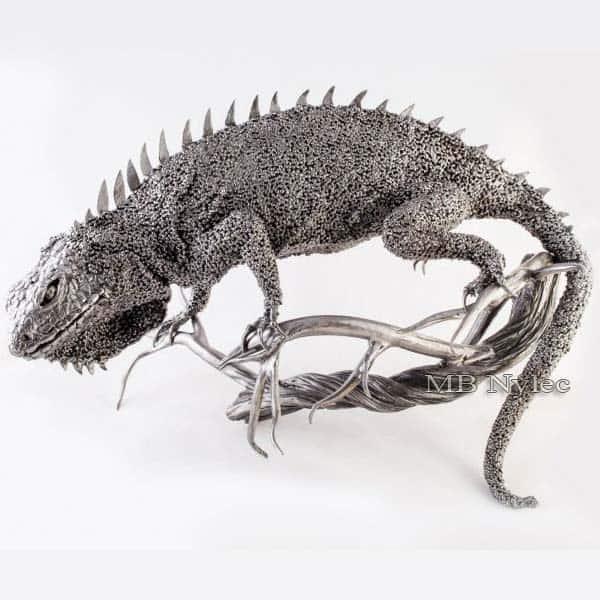 rzeźby z metalu - legwan z metalu - kowalstwo