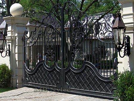 Brama w stylu dworskim bp16