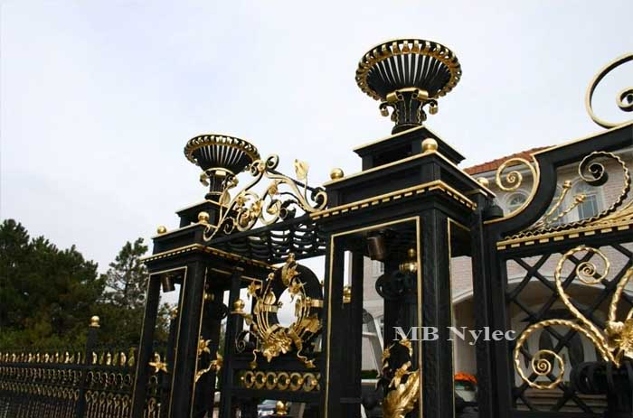 brama pałacowa - detale bp46