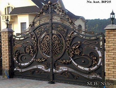 brama pełna do rezydencji bp25