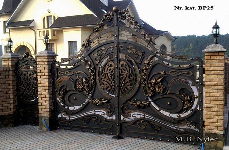 kuta brama do rezydencji - pełna - bp25
