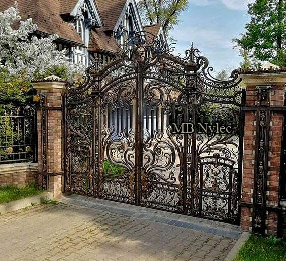 Kuta brama barokowa - pałacowa bp158