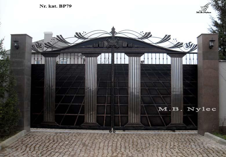 Wjazdowa brama kuta w typie greckim bp79