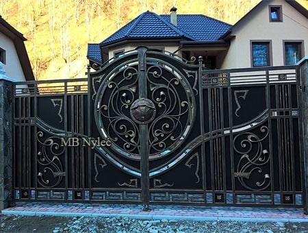 brama wjazdowa do domu rezydencji bp201