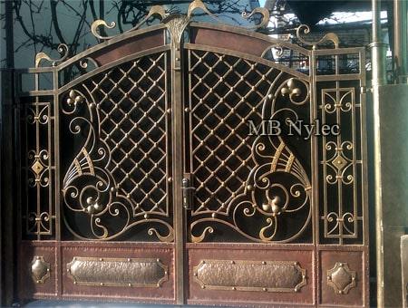 ekskluzywna pełna brama kuta bp199