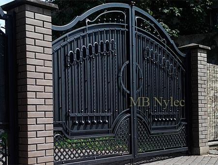 klasyczna brama kuta bp174