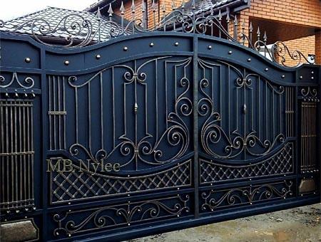 klasyczna brama wjazdowa bp175