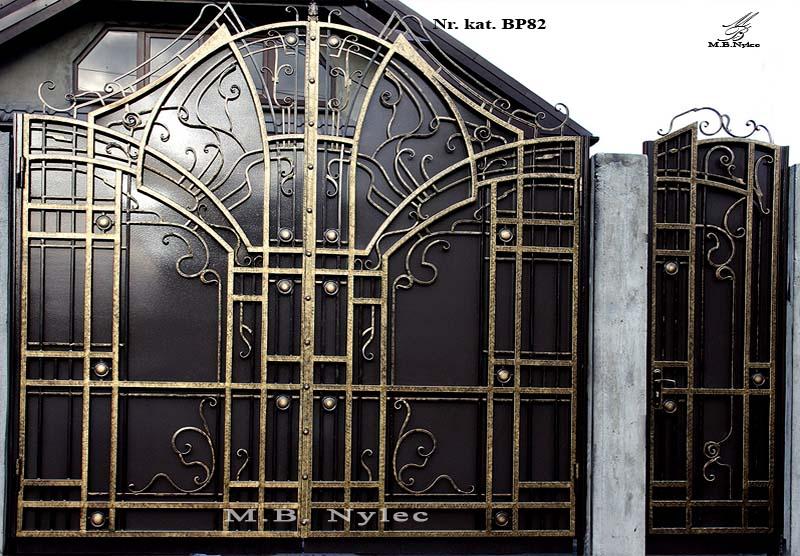 nowoczesna kuta brama wjazdowa bp82