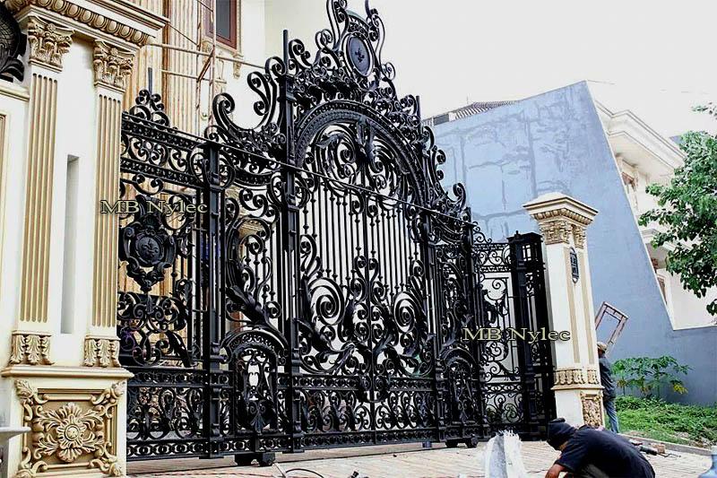 ogromna ekskluzywna kuta barokowa brama pałacowa bp101