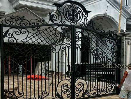 tradycyjna kuta brama wjazdowa bp183