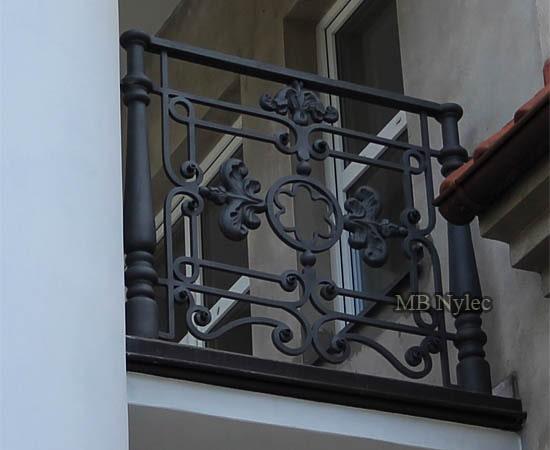 Masywna kuta balustrada dworska ba42