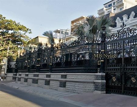 eleganckie ogrodzenie rezydencji bp268