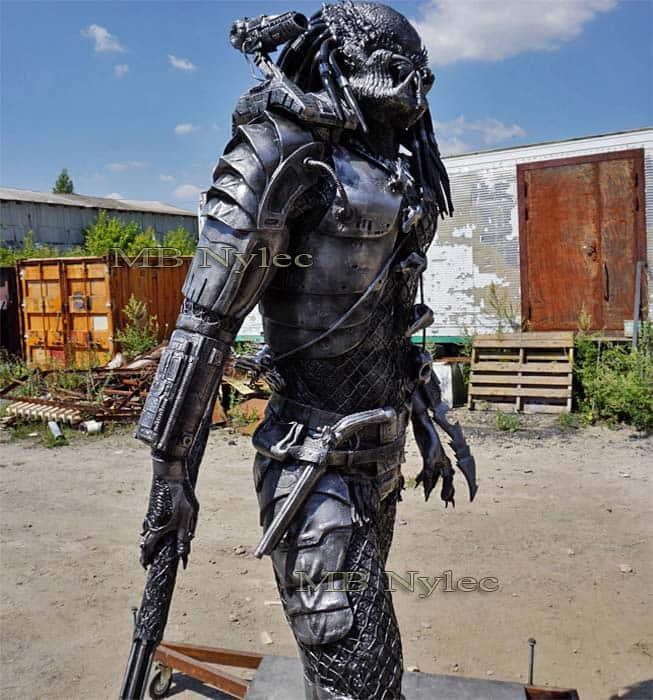 figury metalowe - galeria figur stalowych Dębica - predator ze stali - metaloplastyka