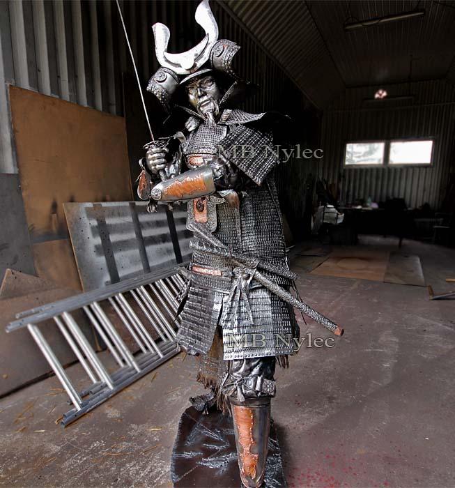figury stalowe - galeria figur stalowych - samuraj ze stali - MB Nylec