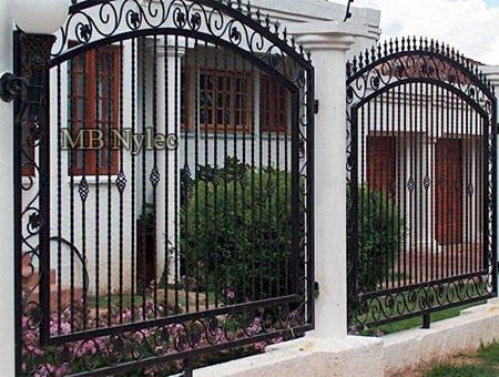 klasyczne kute ogrodzenie bp253