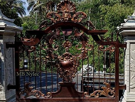kowalstwo artystyczne - ogrodzenie orientalne bp210