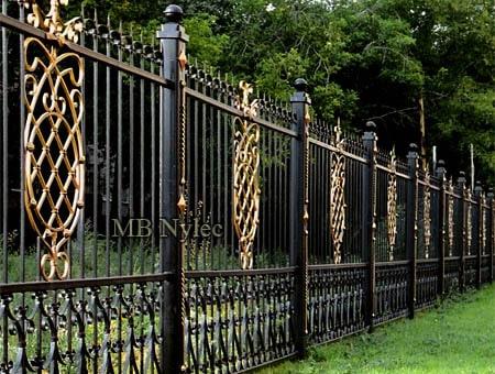 kute ogrodzenie do rezydencji bp216