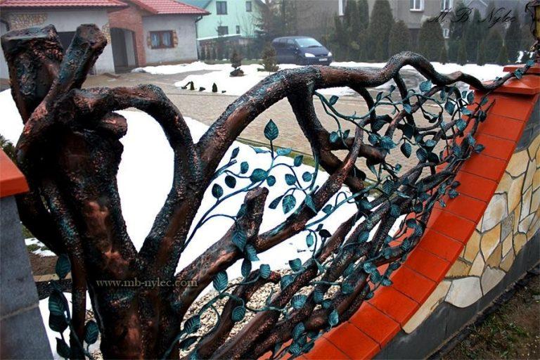 ogrodzenia kute drzewiaste metaloplastyka