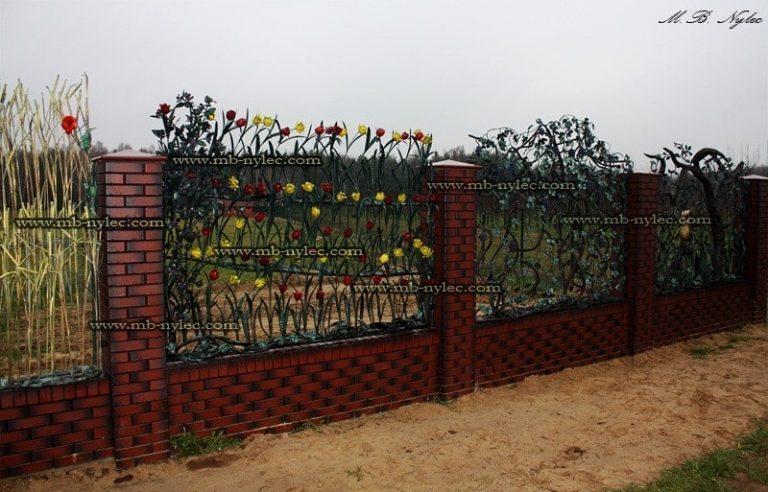 ogrodzenie kute z tulipanami - kowalstwo podkarpacie
