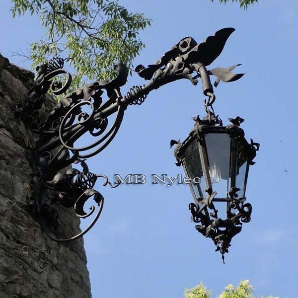 Kinkiet stalowy - ścienna lampa ogrodowa