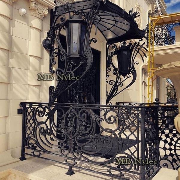 Luksusowe daszki do pałacu