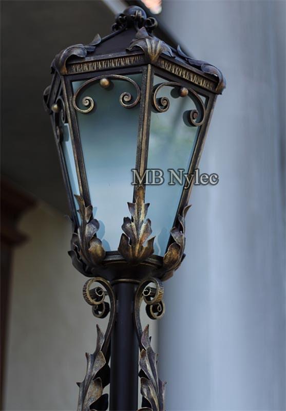 Najpiękniejsze lampy do ogrodu kowalstwo