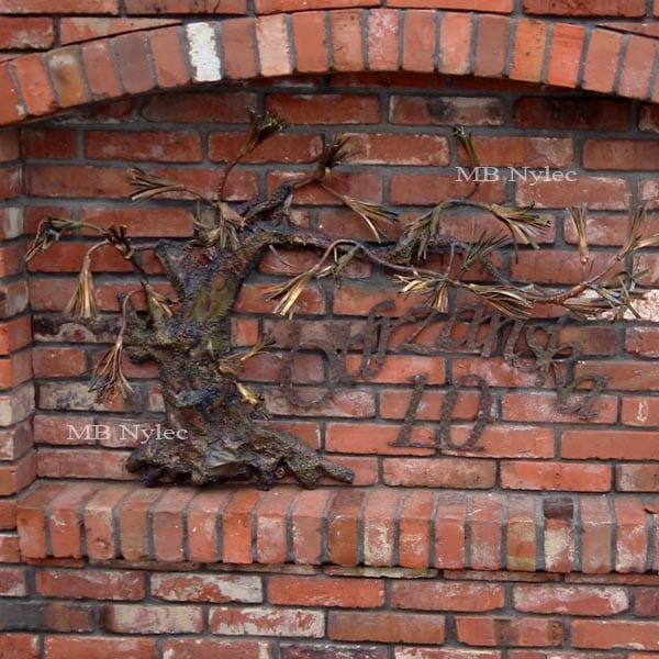 bonsai z metalu - płaskorzeźby ze stali - metaloplastyka - numer domu