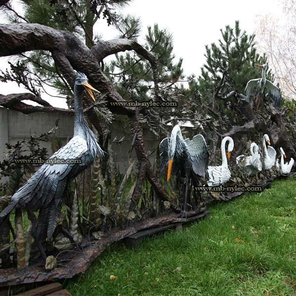 czaple rzeźby stalowe
