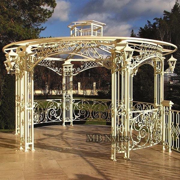 designerska altana ogrodowa