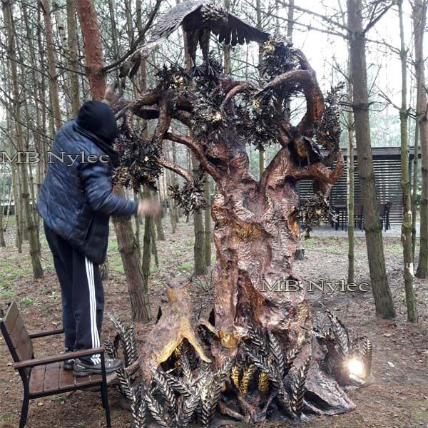 rzeźba z metalu - designerska lampa ogrodowa - metaloplastyka Dębica