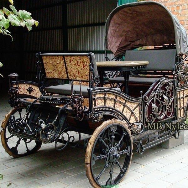 Pojazdy kute ze stali karety karoce