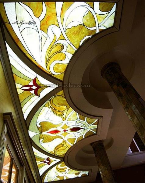 Witraż na sufit - ekskluzywna szklana podłoga