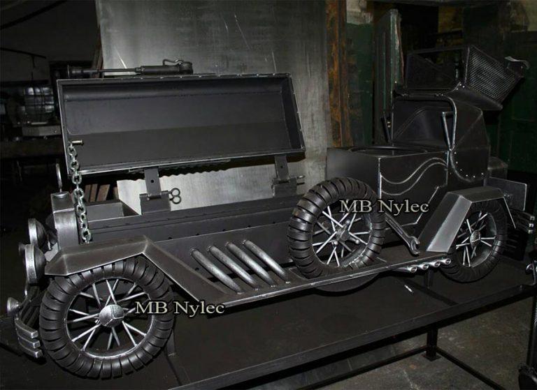 samochody custom - rzeźby samochodów stalowe