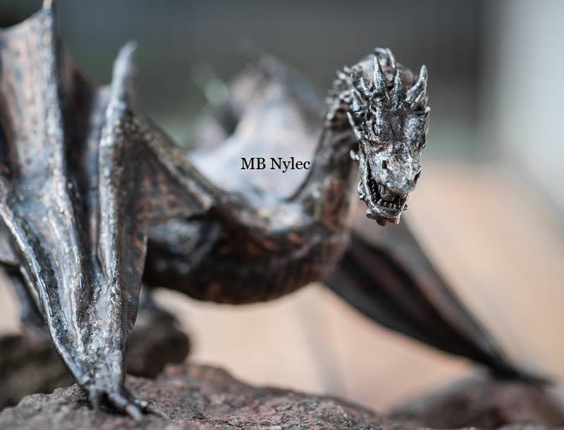 smok hobbit figura smaug