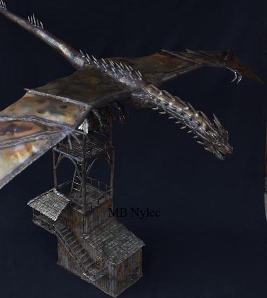 smok na wieży rzeźba figura ze stali