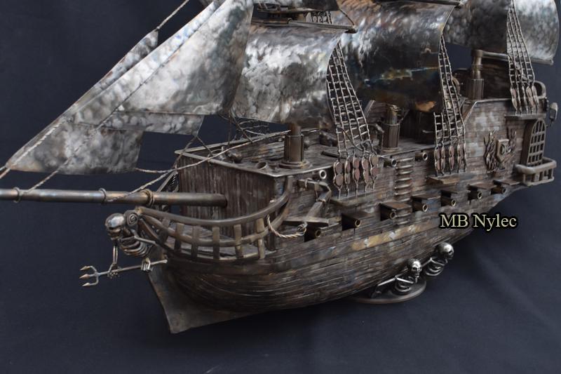 statek piracki kowalstwo