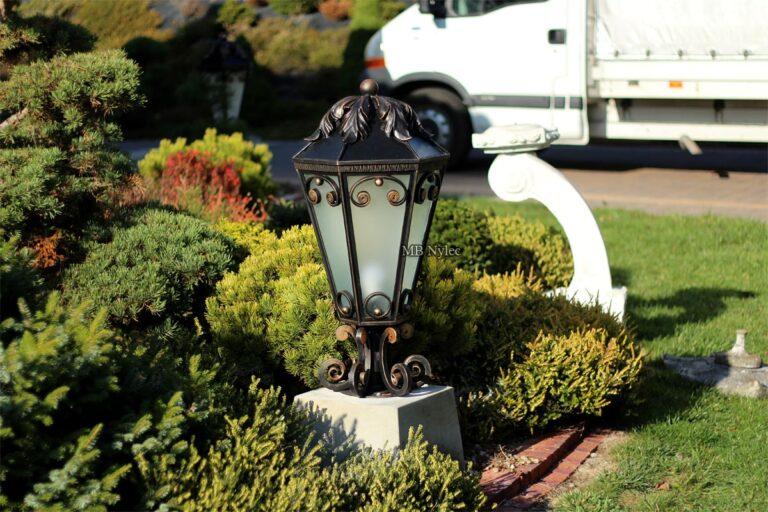 ekskluzywne lampy ogrodowe kute