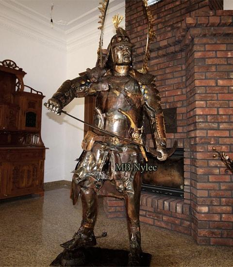 Huzar, husarz - żołnierz husarii Polskiej - Figura ze stali