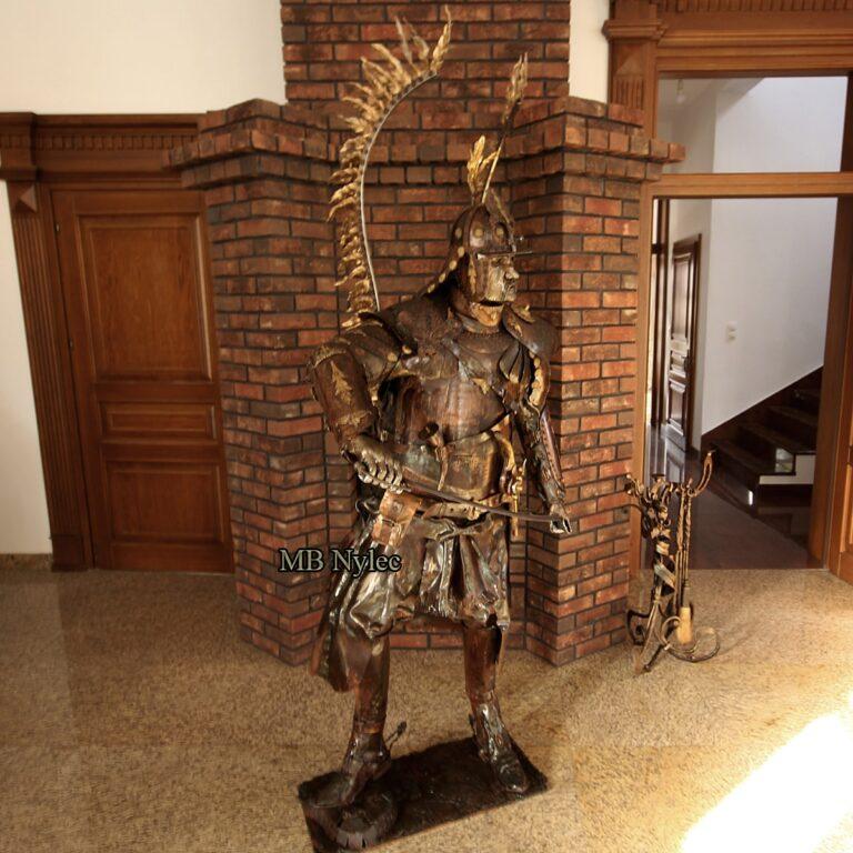 husaria rzeźby z metalu producent