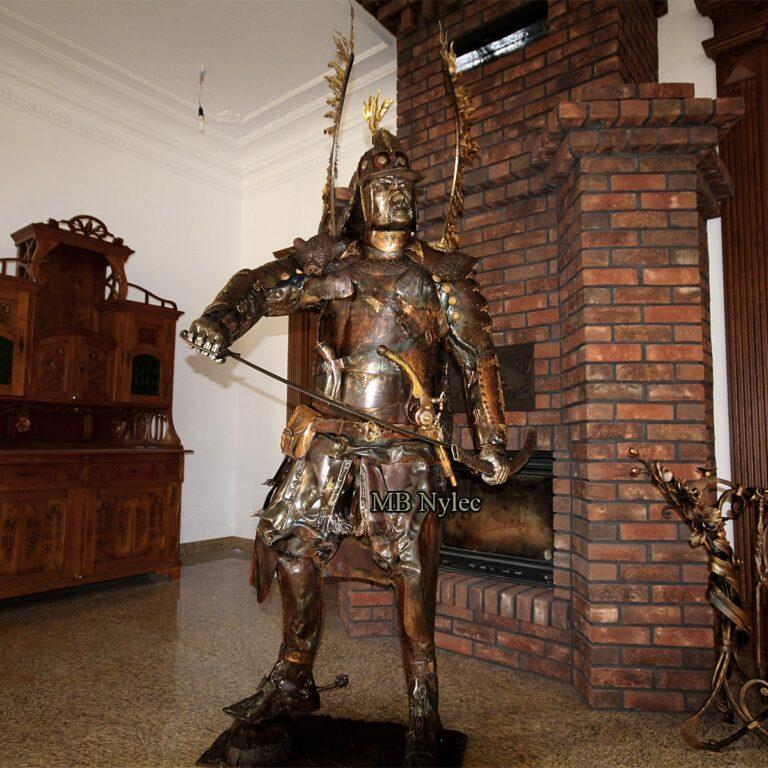 husarz wojownik figury ze stali