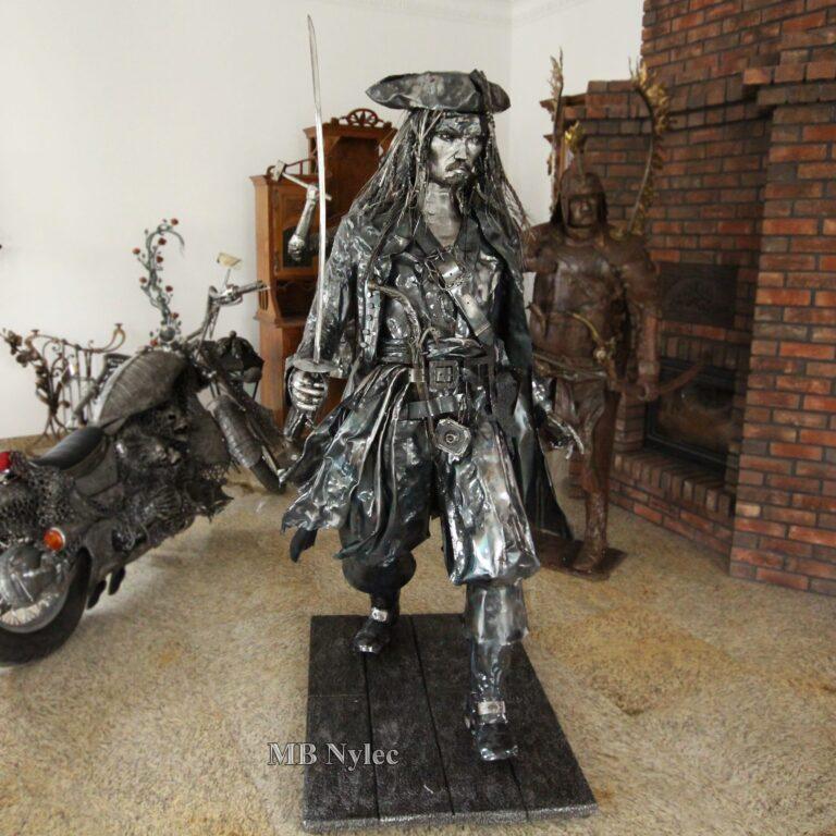 rzeźby ze stali johnny depp