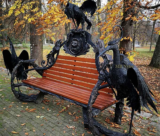 Potężna pałacowa kuta ławka ogrodowa