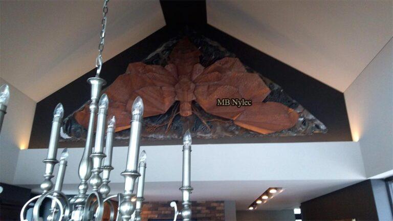 Ćma ze stali-płaskorzeźby z metalo-kowalstwo artystyczne
