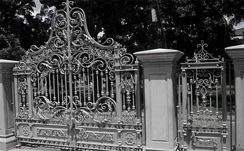 bramy kute-tradycyjne